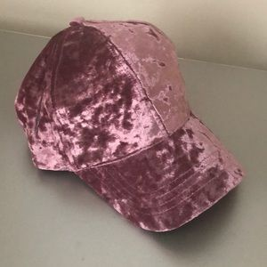 David and Young Crushed Velvet Cap